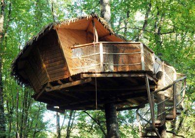 Hébergement insolite - Cabane du Pêcheur dans la Vienne (86) - Nuit insolite dans une cabane dans les arbres