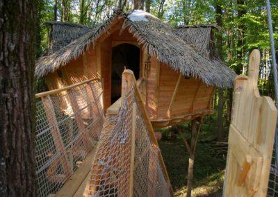 Cabane dans les arbres des écureuils - Parc de la Belle - Hébergement insolite dans la Vienne (86) entre Paris et Bordeaux proche du parc du futuroscope