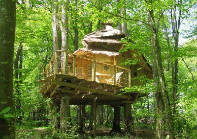 Cabane dans les arbres des Lutins - Parc de la Belle - Hébergement insolite dans la Vienne (86) entre Paris et Bordeaux proche du parc du futuroscope