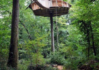 Cabane des Gibbons - Hébergement insolite dans la Vienne (86) - Nuit insolite dans une cabane dans les arbres